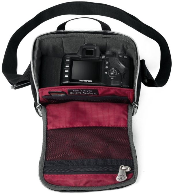 Сумка для камеры Crumpler Base Layer Camera Cube M