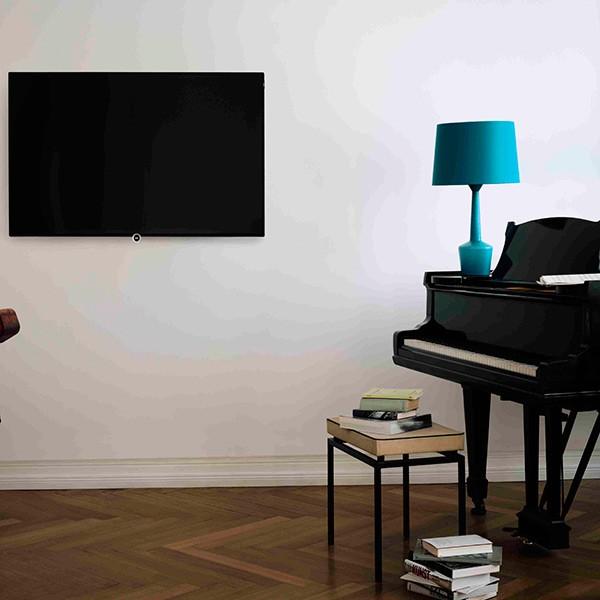LCD телевизор Loewe One 55